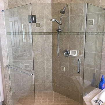 Neo Angle Frameless Shower
